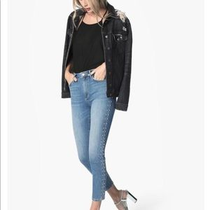 🙌🏻Joe's Studded Ankle  Jeans 😍